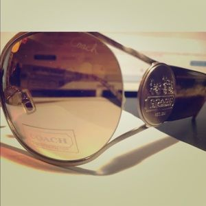 COACH Oversized Sunglasses LORETTA (S569) Golden